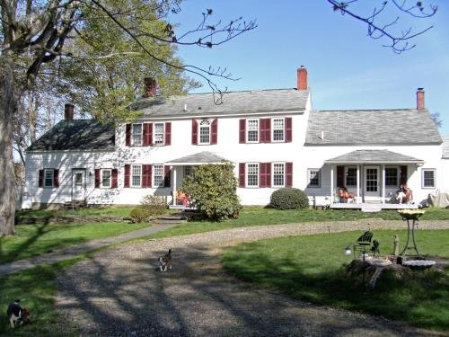 Photo of The 1810 Juliand House Bed & Breakfast