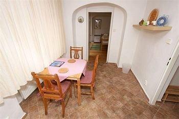 Apartments at the Golden Plough - фото 15
