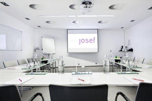 Josef - фото 16