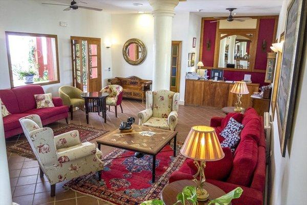 Hotel Sindhura - фото 3