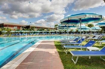 Aris Garden Hotel - фото 22