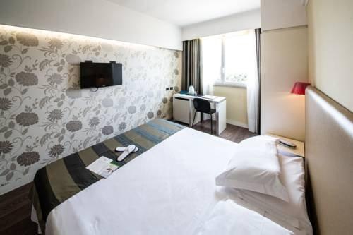 BEST WESTERN Hotel Roma Tor Vergata - фото 2