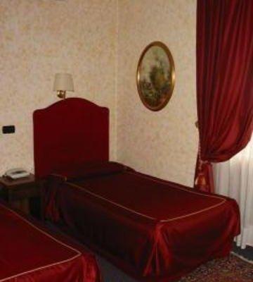 Hotel Flaminius - фото 2