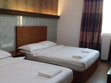 Maxi Inn