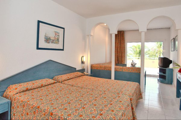 Отель «SIRENIS SEAVIEW COUNTRY CLUB», Порт-дьес-Торрент
