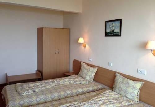 Vezhen Hotel - фото 1