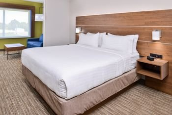 Photo of Holiday Inn Express & Suites - Siloam Springs, an IHG Hotel