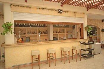Maria Apartments - фото 11
