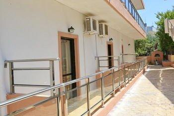 Maria Apartments - фото 14