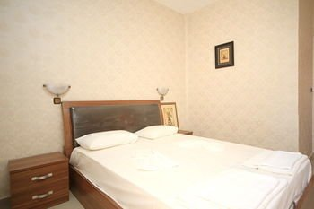 Maria Apartments - фото 2