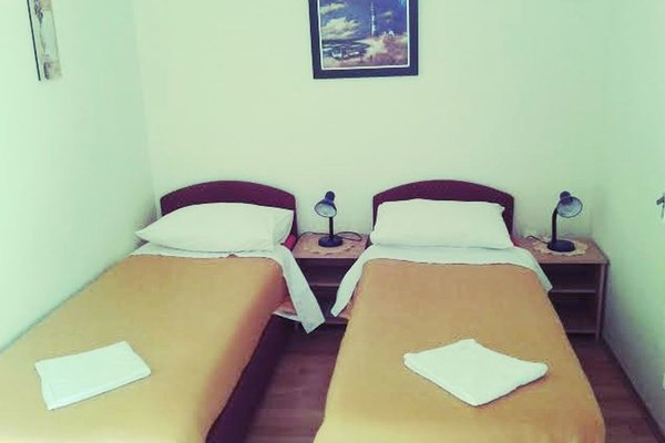 Guesthouse Anna - фото 1
