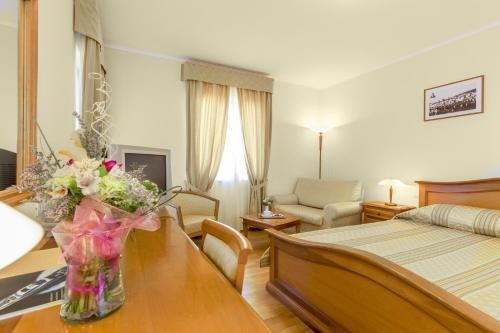 Hotel Spongiola - фото 1