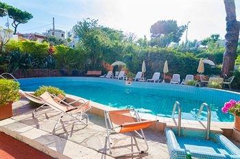 Hotel Aragonese - фото 0