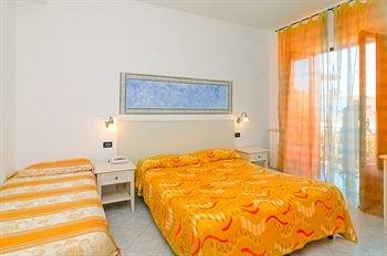 Hotel Aragonese - фото 2