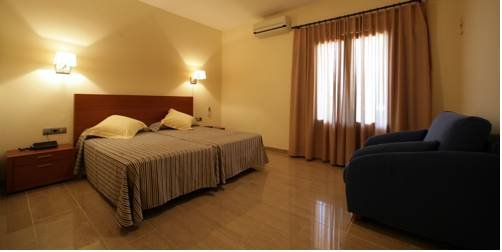 Hotel Sa Riera - фото 1