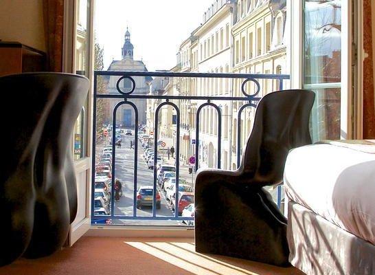 Royal Hotel Caen Centre - фото 17