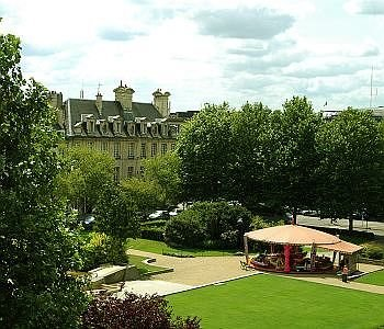 Royal Hotel Caen Centre - фото 21