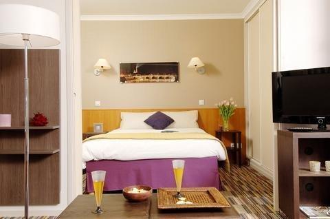 Aparthotel Adagio Porte de Versailles - фото 1