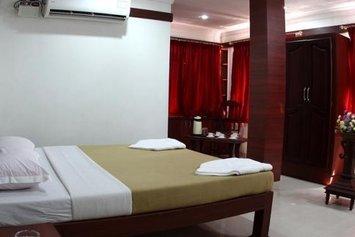 Hotel Thoiba Residency