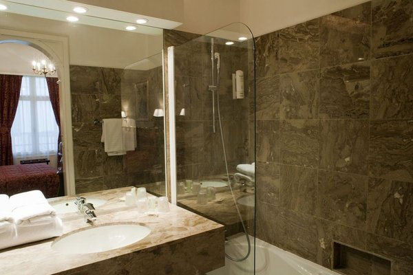 Grand Hotel Bellevue - Grand Place - фото 9