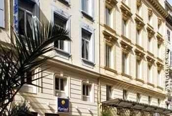 Carré Vieux Port