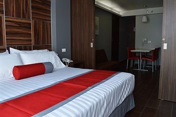 Hotel Block Suites - фото 1