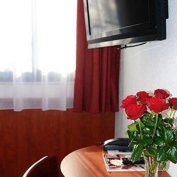 Brit Hotel Rennes St Gregoire - Le Villeneuve - фото 5