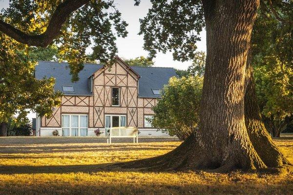 Chateau D'Apigne Rennes - фото 20