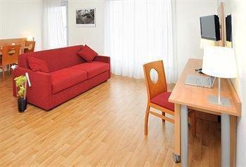 Sejours & Affaires Rennes Villa Camilla - фото 10