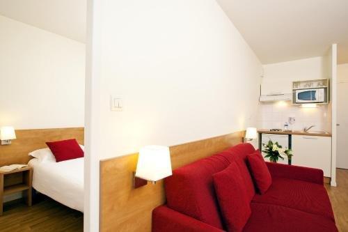 Sejours & Affaires Rennes Villa Camilla - фото 7