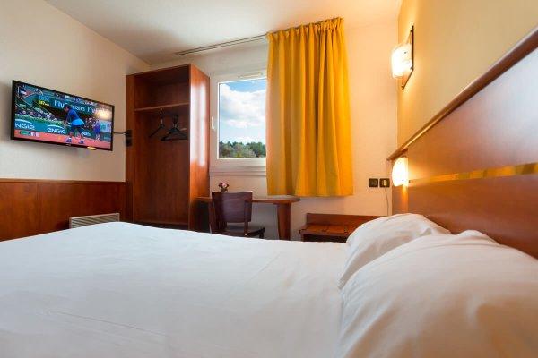 Brit Hotel Rennes Cesson - Le Floreal - фото 1
