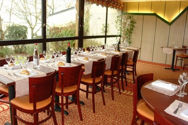 Brit Hotel Rennes Cesson - Le Floreal - фото 14