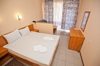 Отель Галотель - фото 1