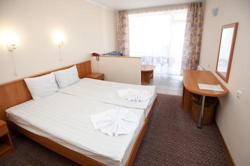 Отель Галотель - фото 2