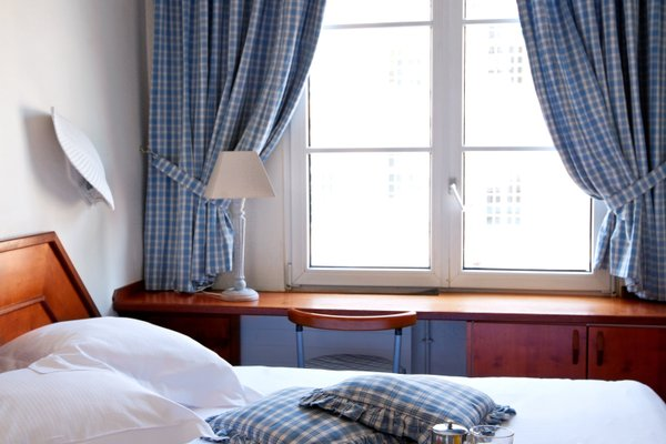 Hotel Suisse - фото 1