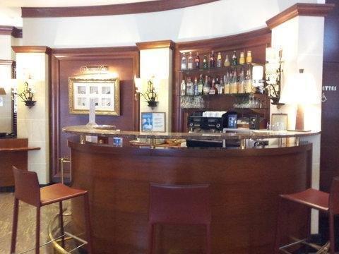 Hotel Maison Rouge - фото 12