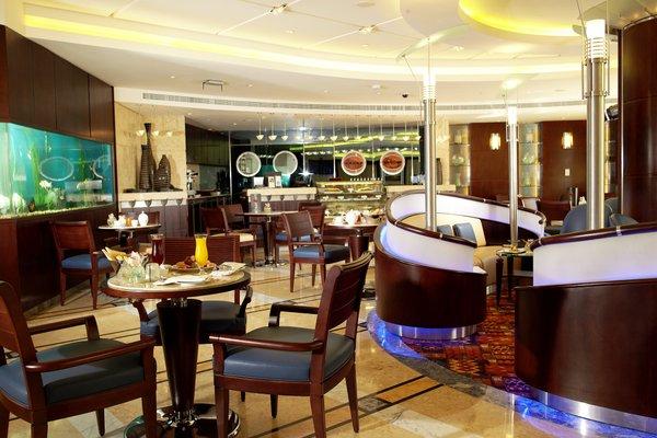 Roda Al Murooj Hotel - фото 11