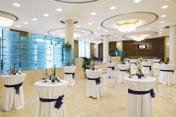 Roda Al Murooj Hotel - фото 12