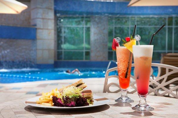 Roda Al Murooj Hotel - фото 8