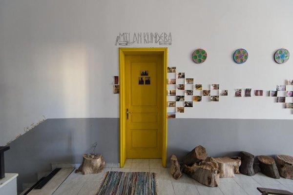 Hostel Durres - фото 42