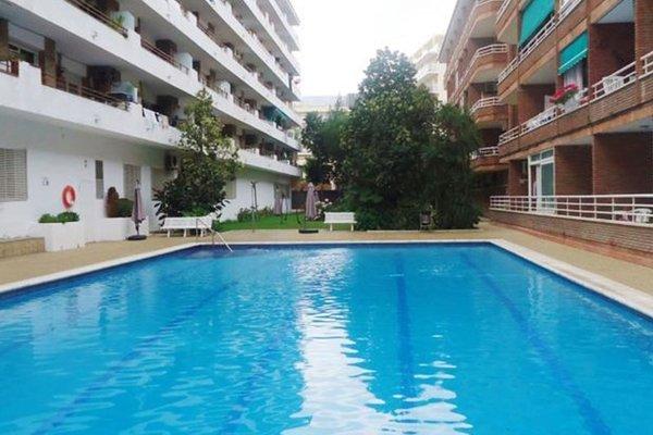 Acapulco Fenals - фото 1