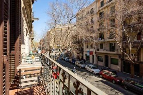 Sagrada Familia Apartment Balcony - фото 33