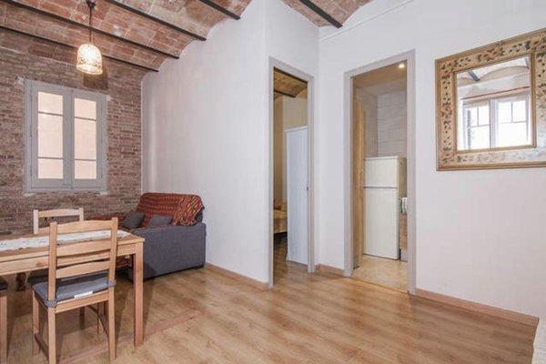 Sagrada Familia Apartment Balcony - фото 15