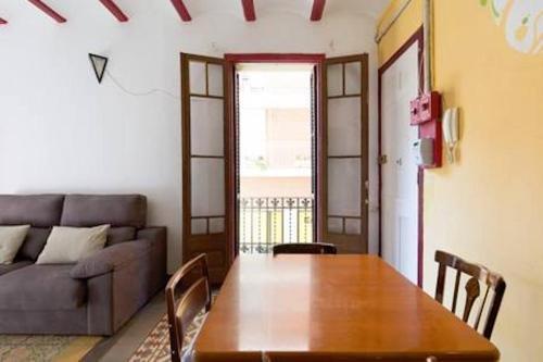 Sagrada Familia Apartment Balcony - фото 16