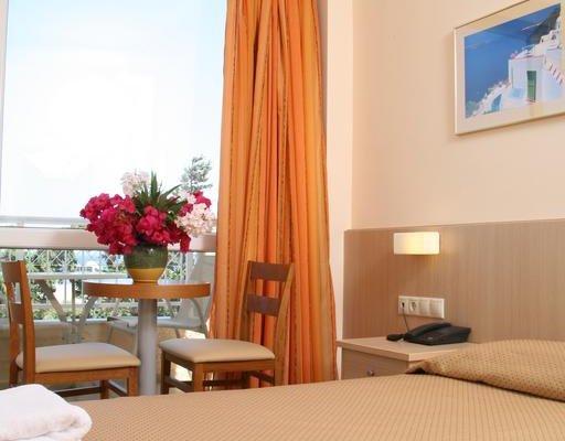 Lavris Hotels - фото 2