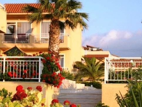 Lavris Hotels - фото 23