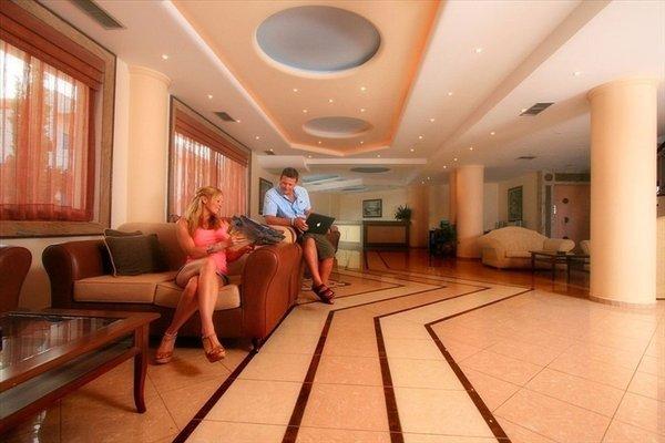 Lavris Hotels - фото 7