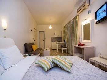 Diamond Apartments & Suites - фото 1