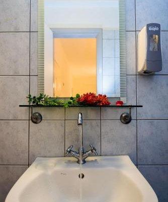 Diamond Apartments & Suites - фото 9