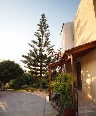 Babis Hotel - фото 22